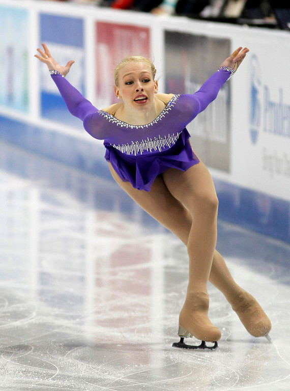 . Bradie Tennell skates in the women\'s short program during the U.S. Figure Skating Championships, Thursday, Jan. 21, 2016, in St. Paul, Minn. (AP Photo/Andy Clayton-King)