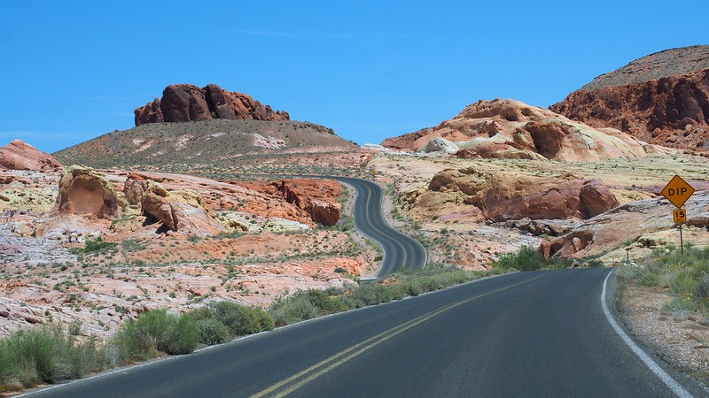 Winding roads and beautiful scenery at Valley of Fire.