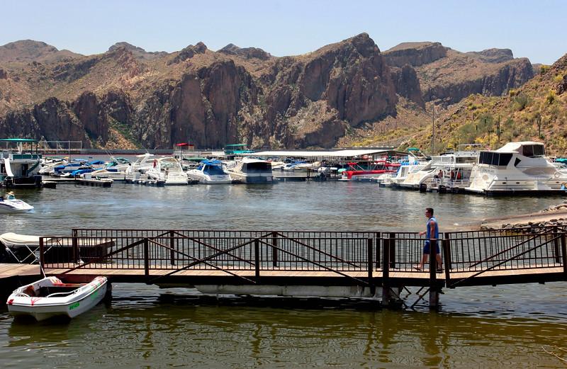 AZ-Saguaro Lake Marina-2005-05-15-0003