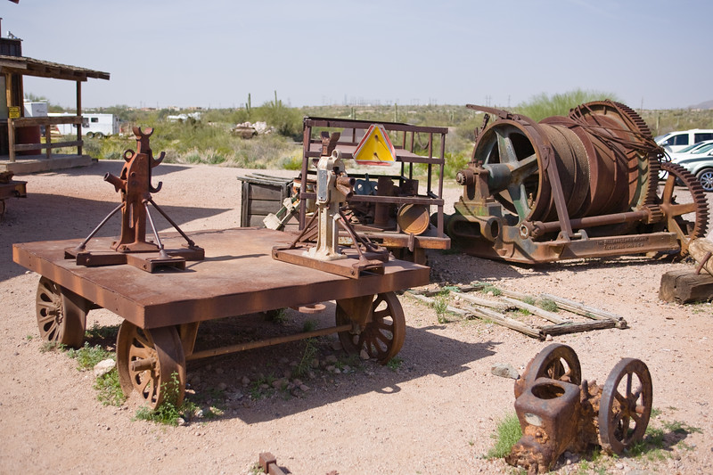AZ-Apache Junction-Hwy 88-Goldfield-2011-03-19-1076