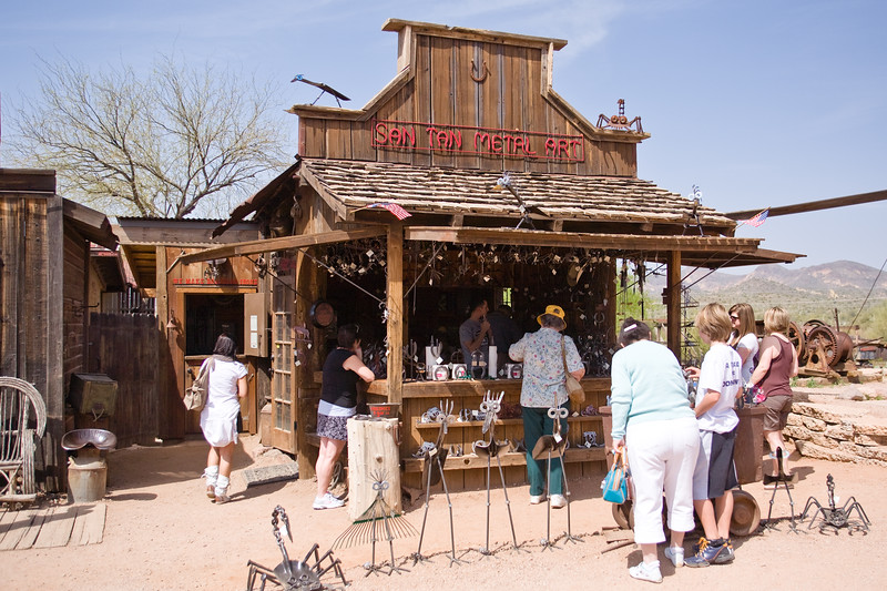 AZ-Apache Junction-Hwy 88-Goldfield-2011-03-19-1035