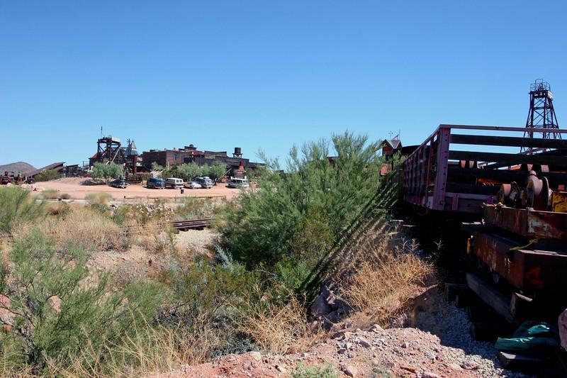 AZ-Apache Junction-Hwy 88-Goldfield-2005-09-18-0038