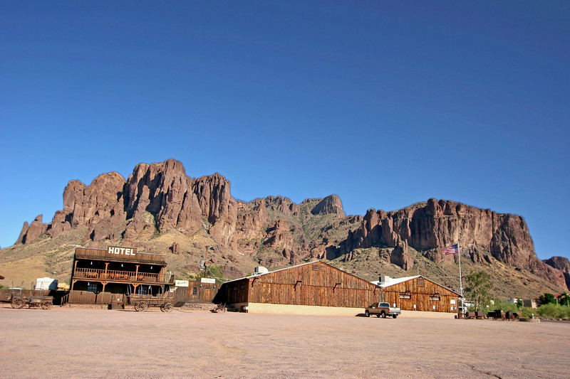 AZ-Apache Junction-Mining Camp Area-2005-09-17-0013