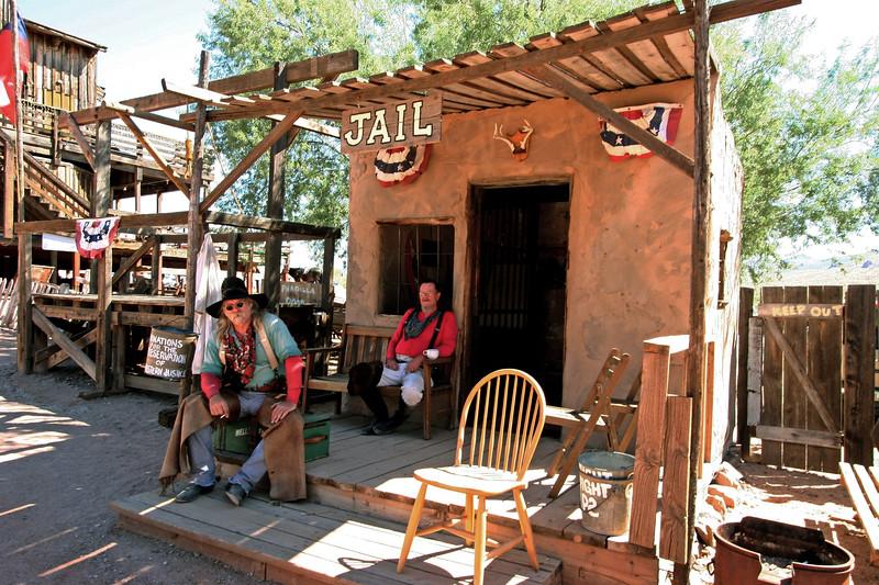 AZ-Apache Junction-Hwy 88-Goldfield-2005-09-18-0016