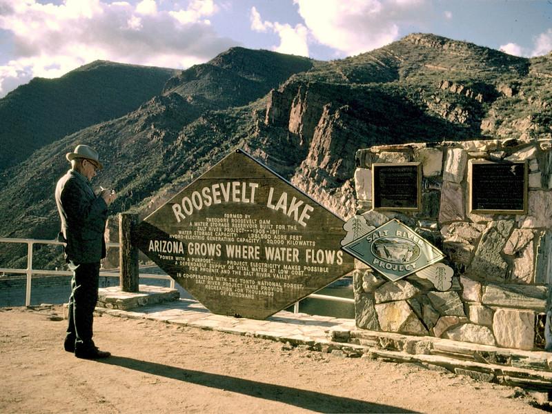 AZ-Roosevelt Lake-1971-06-15-S0001