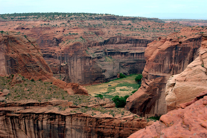 AZ-Canyon de Chelly-Running Antelope-North-2005-09-08-0005