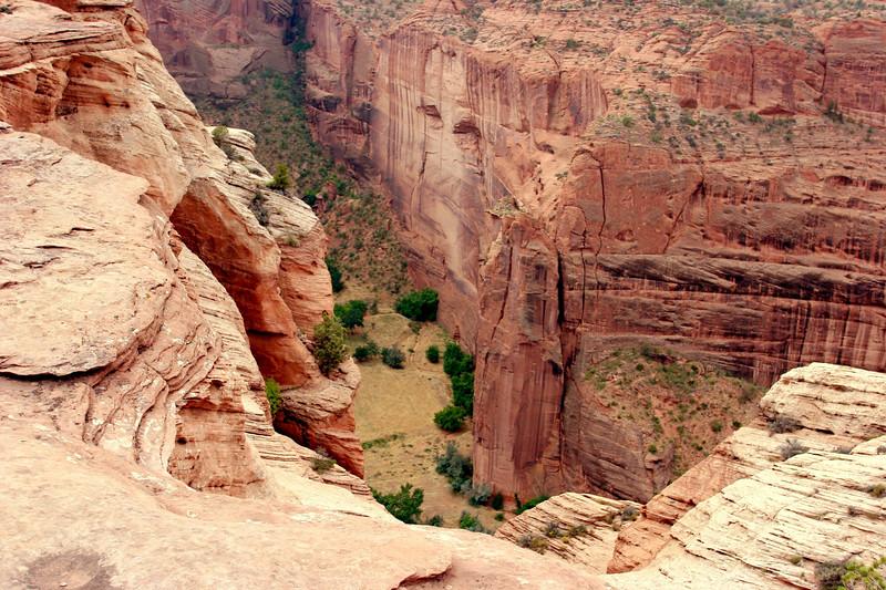 AZ-Canyon de Chelly-Running Antelope-South-2005-09-08-0005
