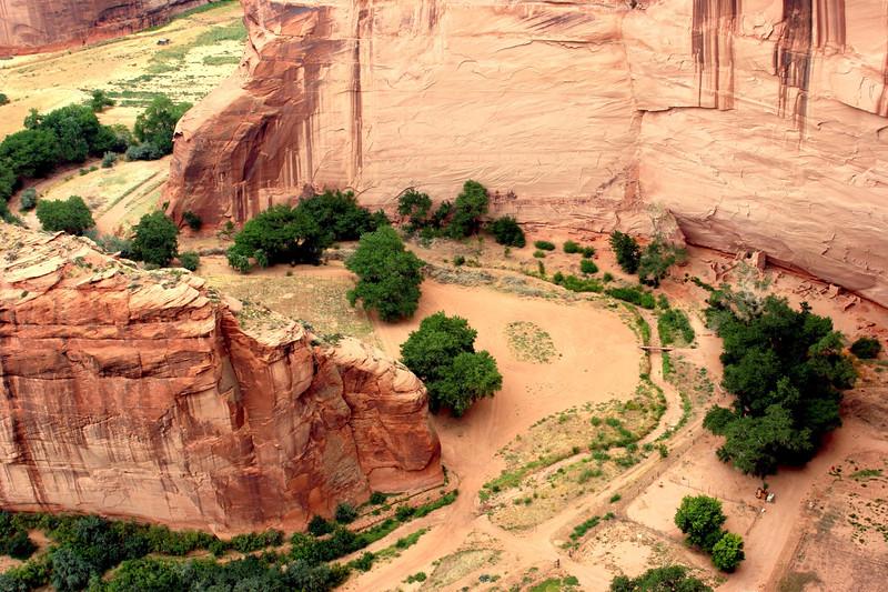 AZ-Canyon de Chelly-Running Antelope-South-2005-09-08-0002