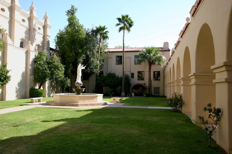 AZ-Phoenix-St  Francis Xavier-2005-04-24-0003