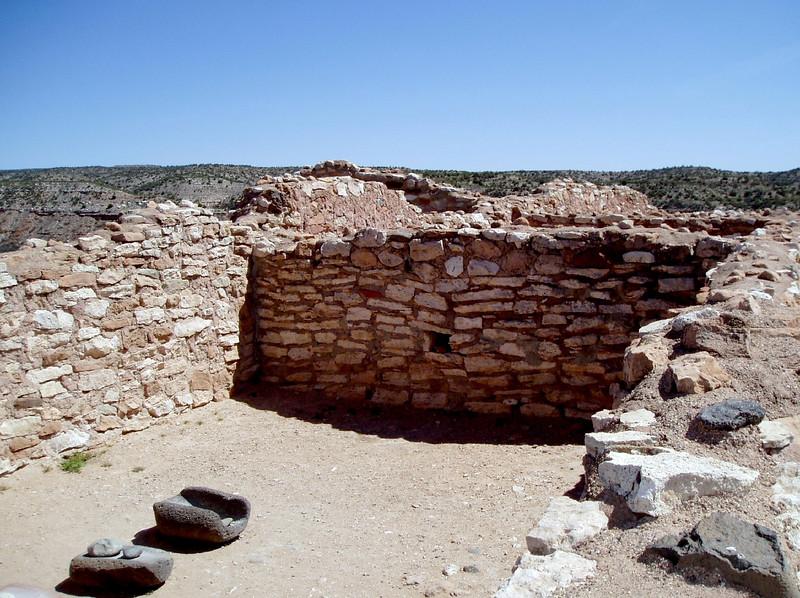 AZ-Clarkdale-Tuzigoot National Monument-2004-03-28-0010