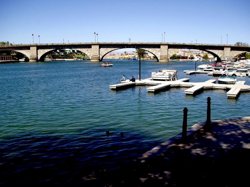 AZ-Lake Havasu-London Bridge-2003-09-10-0009