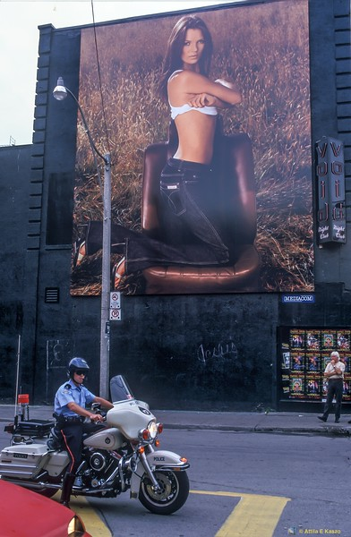Advertisment<br /> Toronto, Ontario, Canada