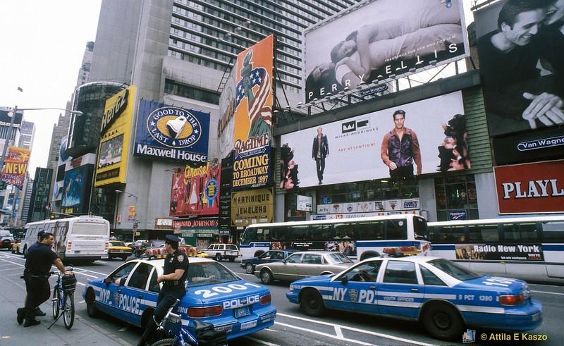 Police <br /> Broadway, Manhattan, NYC, USA