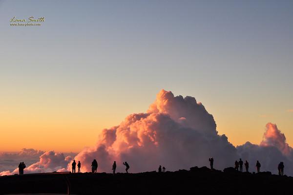Hawaii Maui Haleakala NP photographers at sunset sig