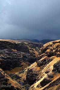 Hawaii Maui volcanic terrain sig