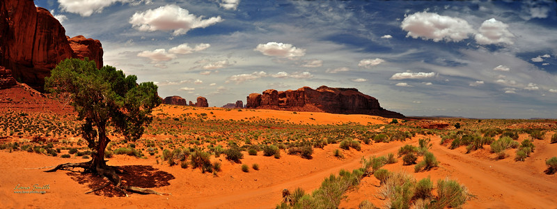 Monument Valley Coral Sands Panorama a, UT sig
