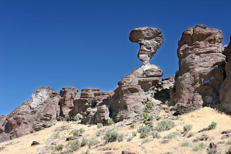 ID-Buhl-Balanced Rock-2006-09-17-0004