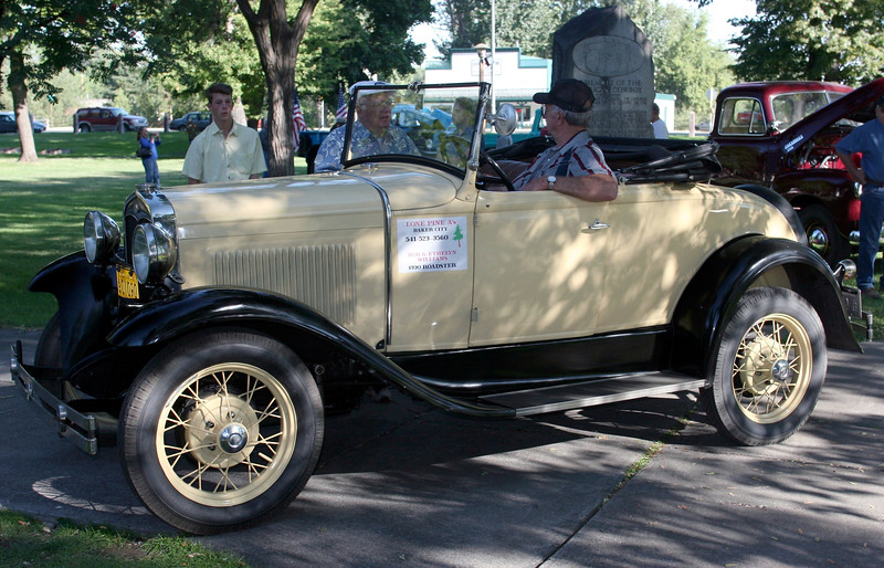 OR-Baker-Car Show-2005-08-29-0011
