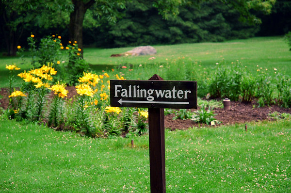 sign on main road Frank LLoyd Wright Falling Water Photos