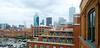 Pohľad na Dallas z budovy Texas School Book Depository.