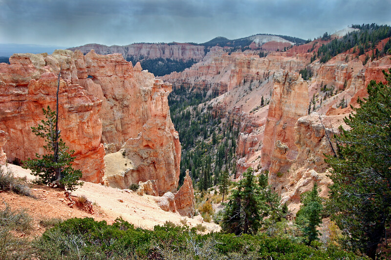 UT-Bryce Canyon National Park-Black Birch Canyon-2006-09-20-0003