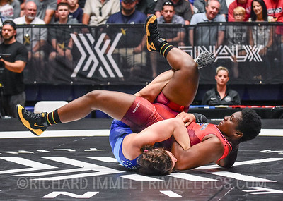 76 kg: Adeline Gray (New York AC) fall Korinahe Bullock (McKendree WC), 1:04