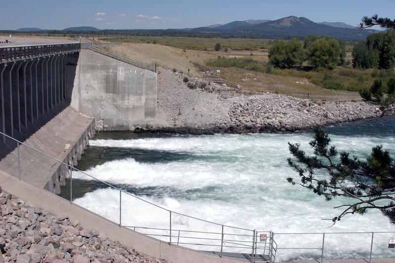 WY-Jackson-Grand Teton NP-Jackson Lake Dam-2005-09-01-0001