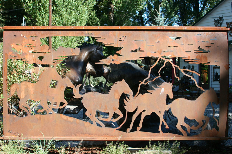 WY-Jackson-Art-Sculpture-2005-09-01-0021