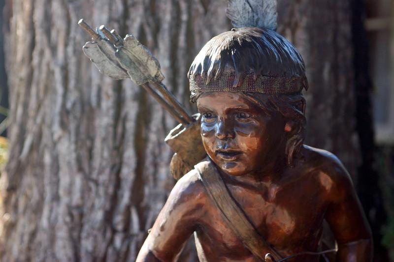 WY-Jackson-Art-Sculpture-2005-09-01-0003