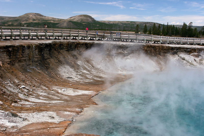 WY-Yellowstone NP-Midway Geyser Basin Area-2005-09-02-0011