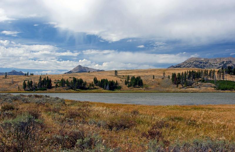 WY-Yellowstone NP-Gallatin Range Area-2005-09-03-2002