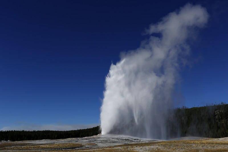 Old Faithful in all its beauty