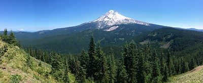 Graham tried to take a panorama including Mt Hood and Mt Rainier