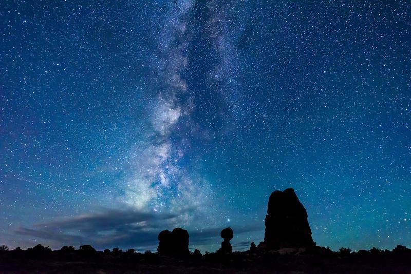 Balanced Rock under the Stars