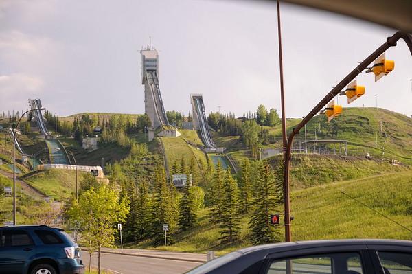 passage devant les tremplins des jeux olympiques de Calgary de1988