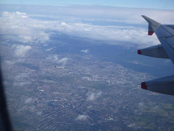 Il y a plein d'avions qui attendent pour Heathrow