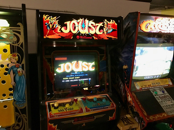 Joust Video Game at Pints and Pixels