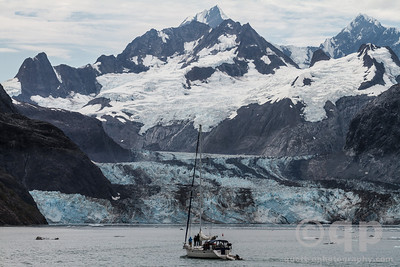 SAIL BOAT AND GLACIER