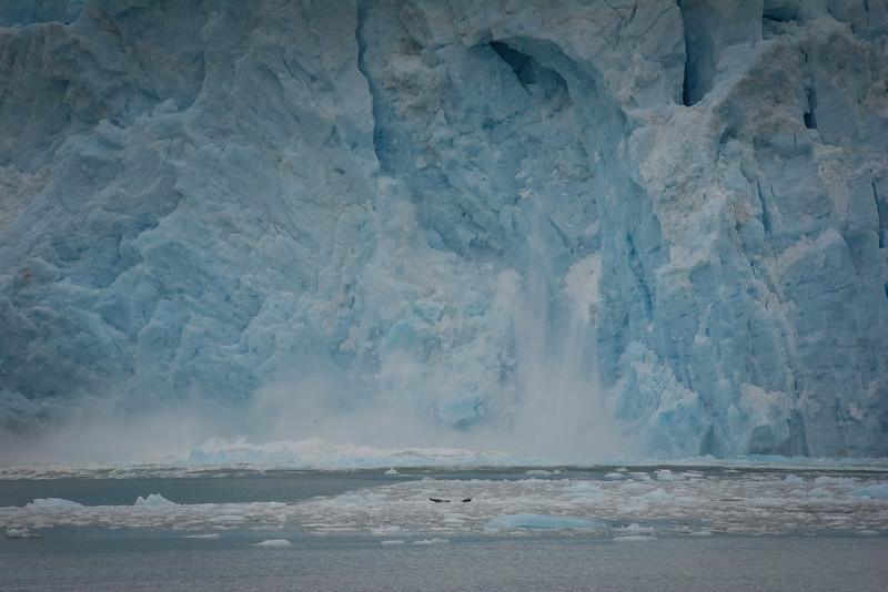 ice carving aialik glacier