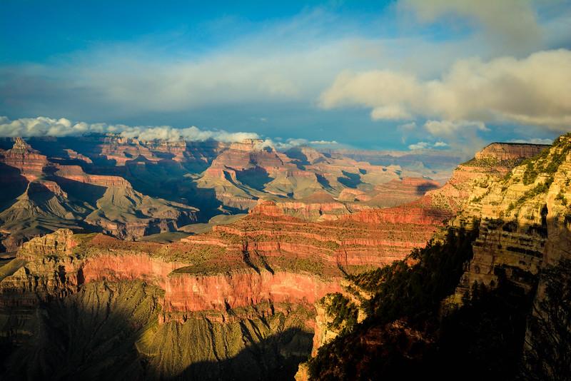grand canyon hiking trails