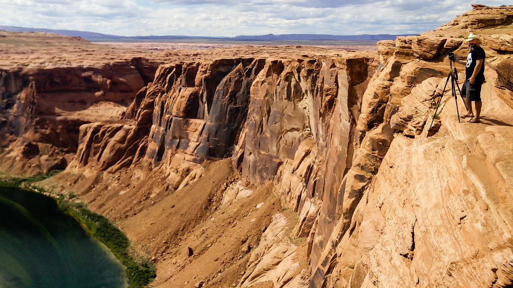 Horseshoe Bend Cliff