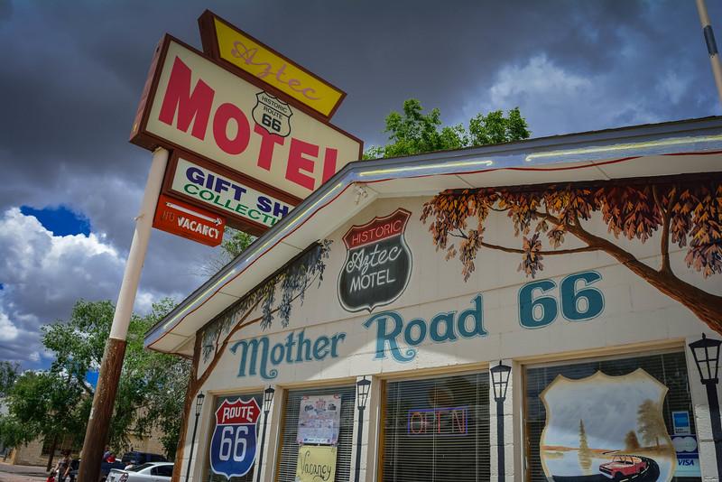 aztec motel seligman arizona