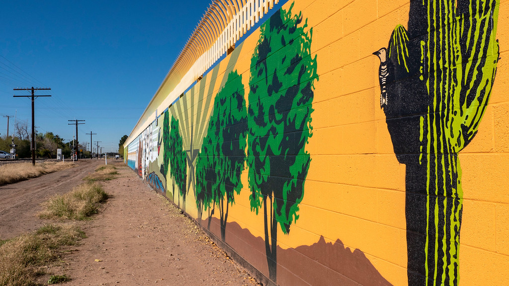 Things to do in Tempe AZ: Meet me at Daley Park - street art