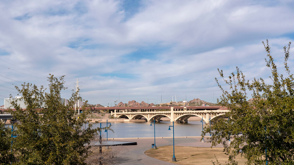 Things to do in Tempe AZ: Tempe Beach and Tempe Town Lake