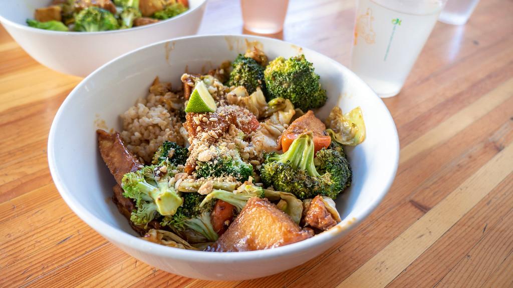 Things to do in Tempe AZ: Green Restaurant vegan bowl