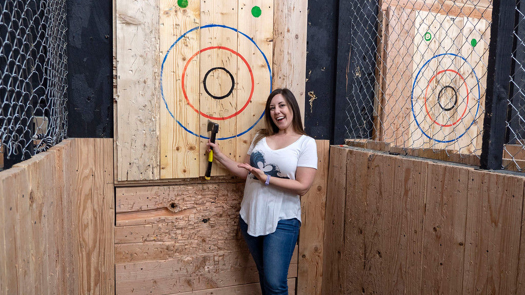 Things to do in Tempe AZ: Axe throwing success!
