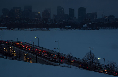 Winter evening - traffic on Memorial Drive