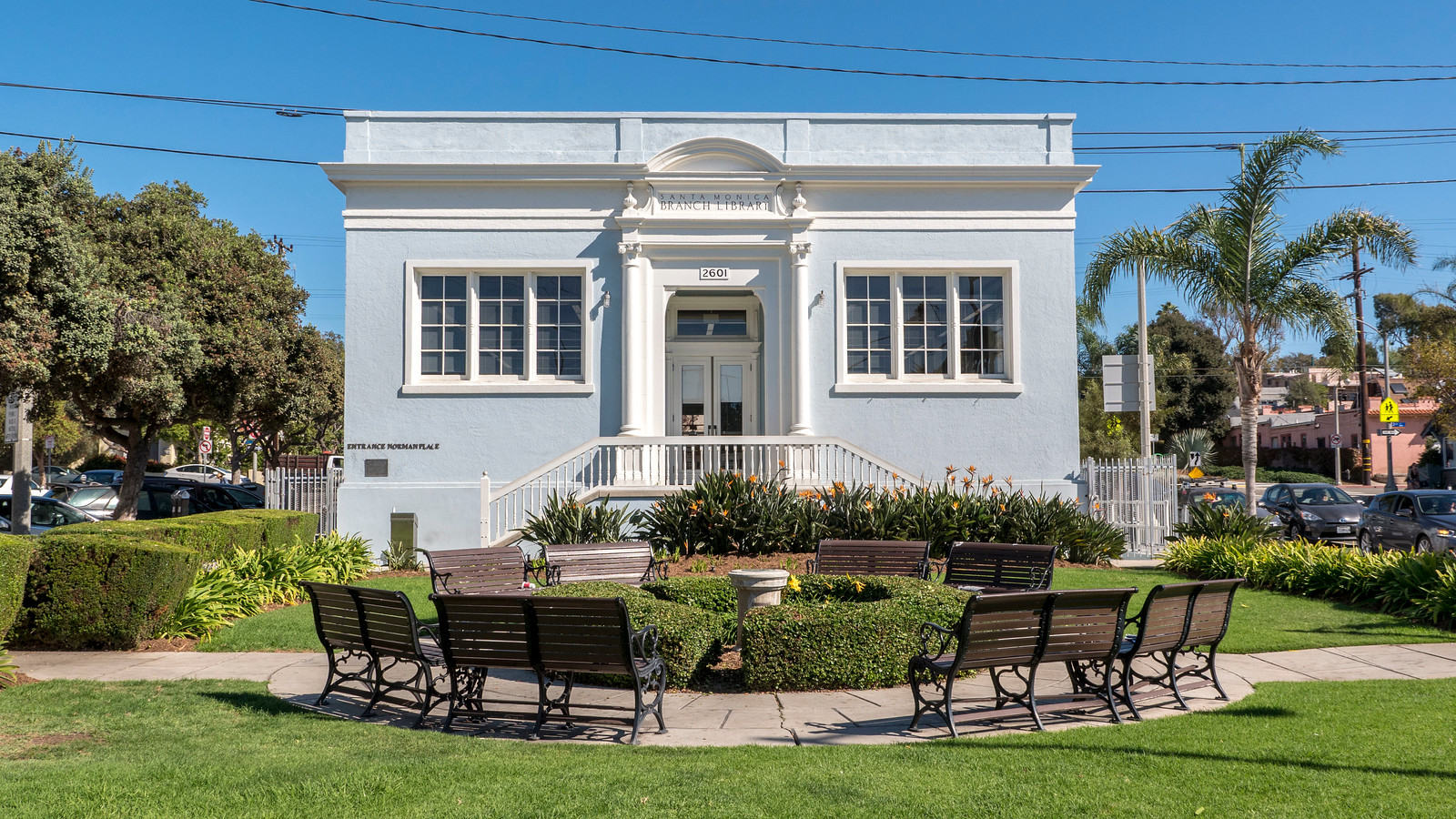Venice library - 2 Days in Los Angeles Itinerary for First Timers