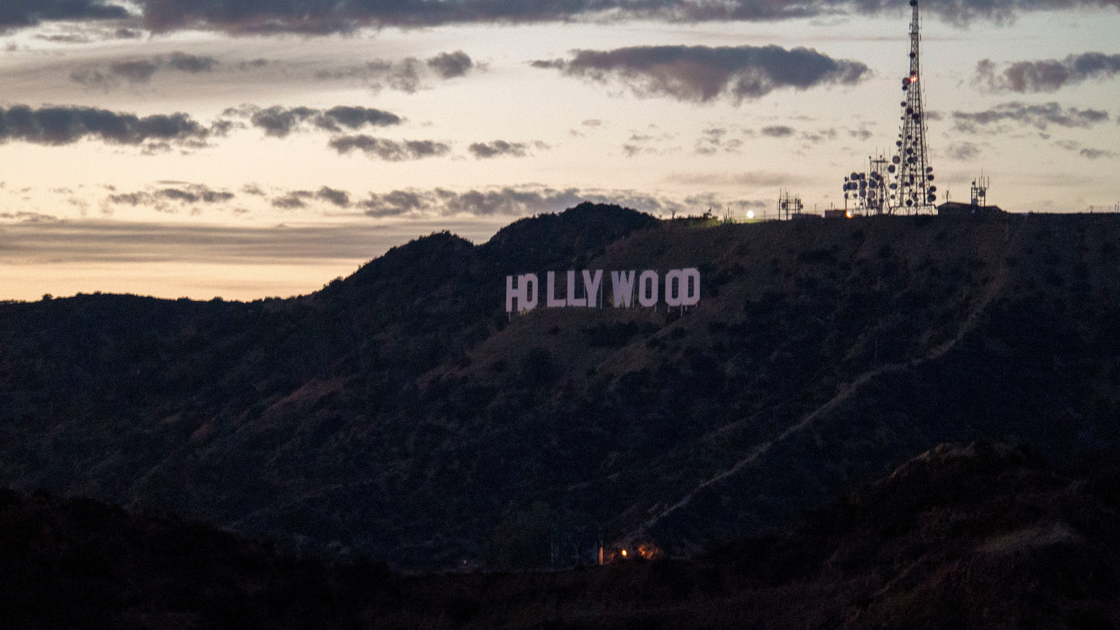 Hollywood sign at dusk at the Griffith Observatory