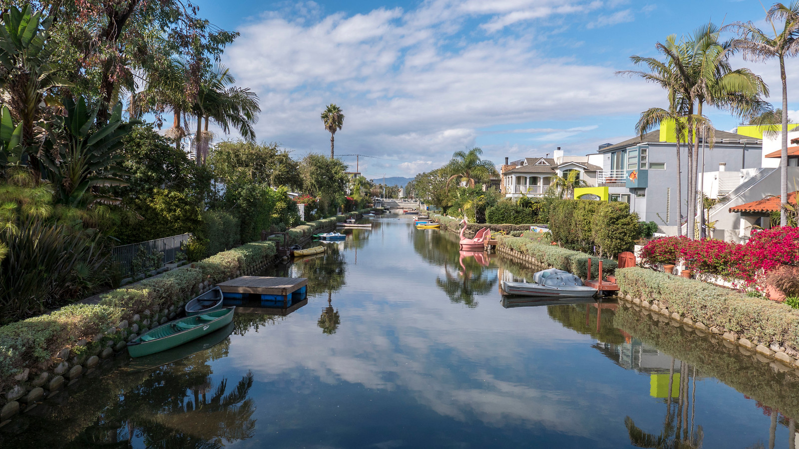 Venice Canals - 2 Days in Los Angeles Itinerary for First Timers
